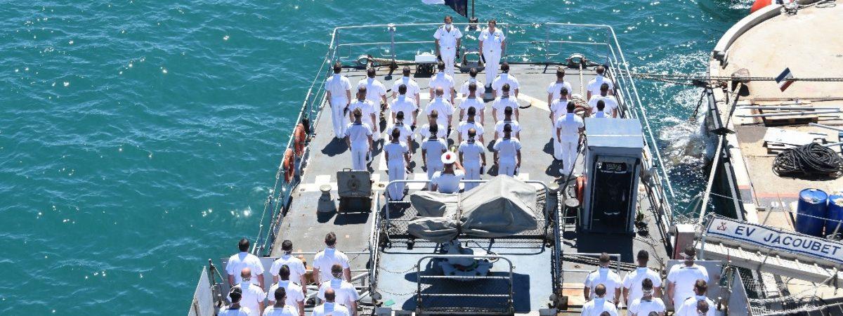L'équipage de l'Enseigne de Vaisseau Jacoubet se mobilise pour l'Entraide Marine !