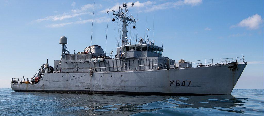 L'Aigle, déployé dans le Golfe Arabo-Persique, rame pour Entraide Marine